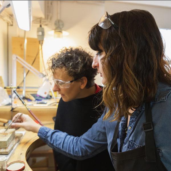 atelier-bijoux-marseille-élève